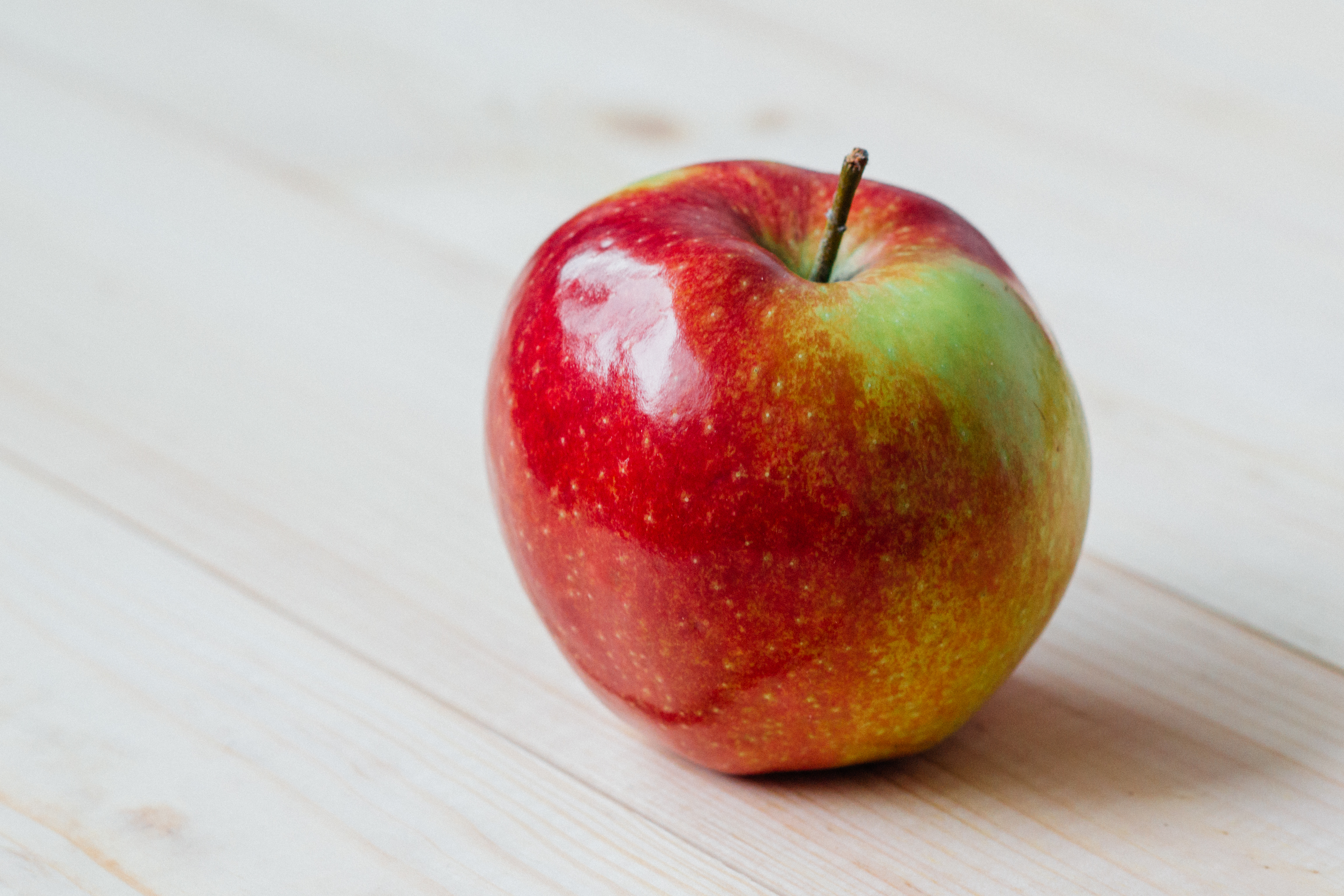 apple fruit reduce snacking evienutrition